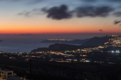 Panorama von Santorini am Abend