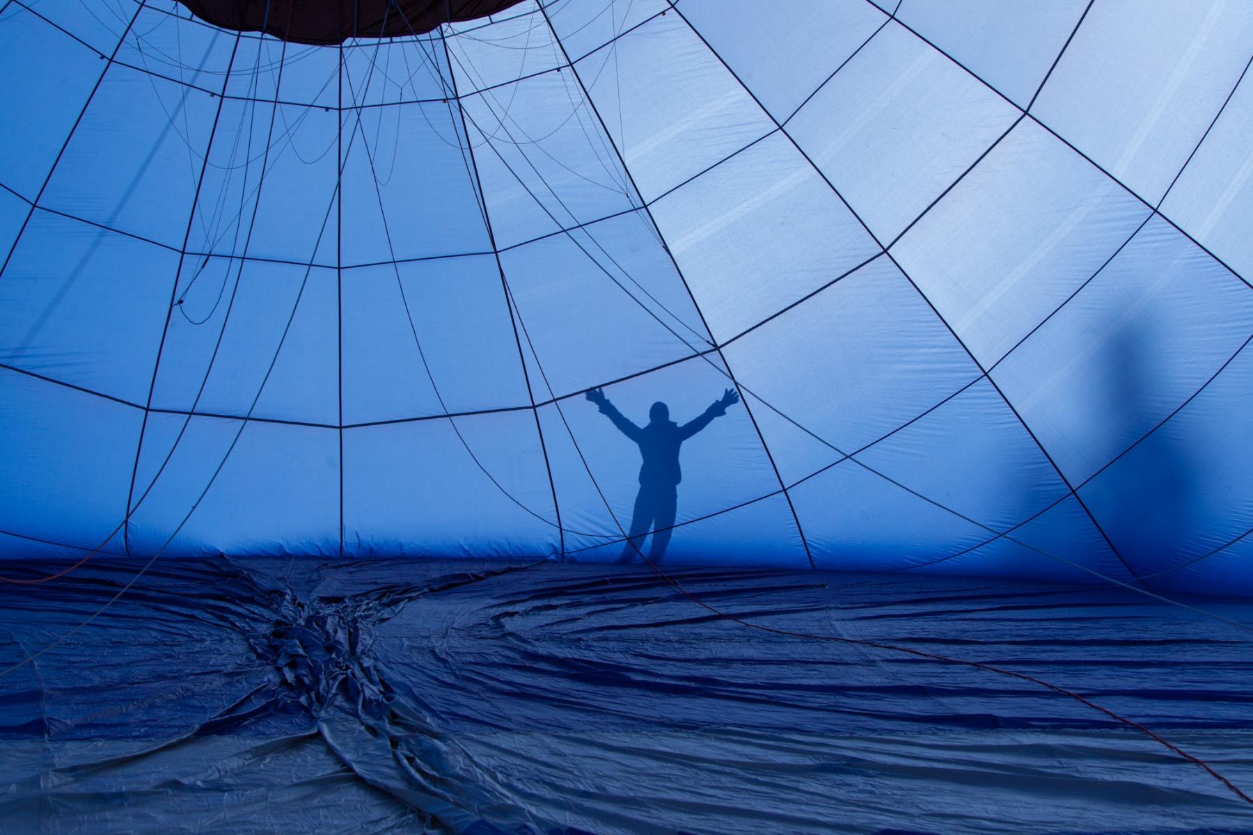 Schatten am Heißluftballon