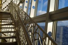 Treppe in einem Kreuzfahrtschiff
